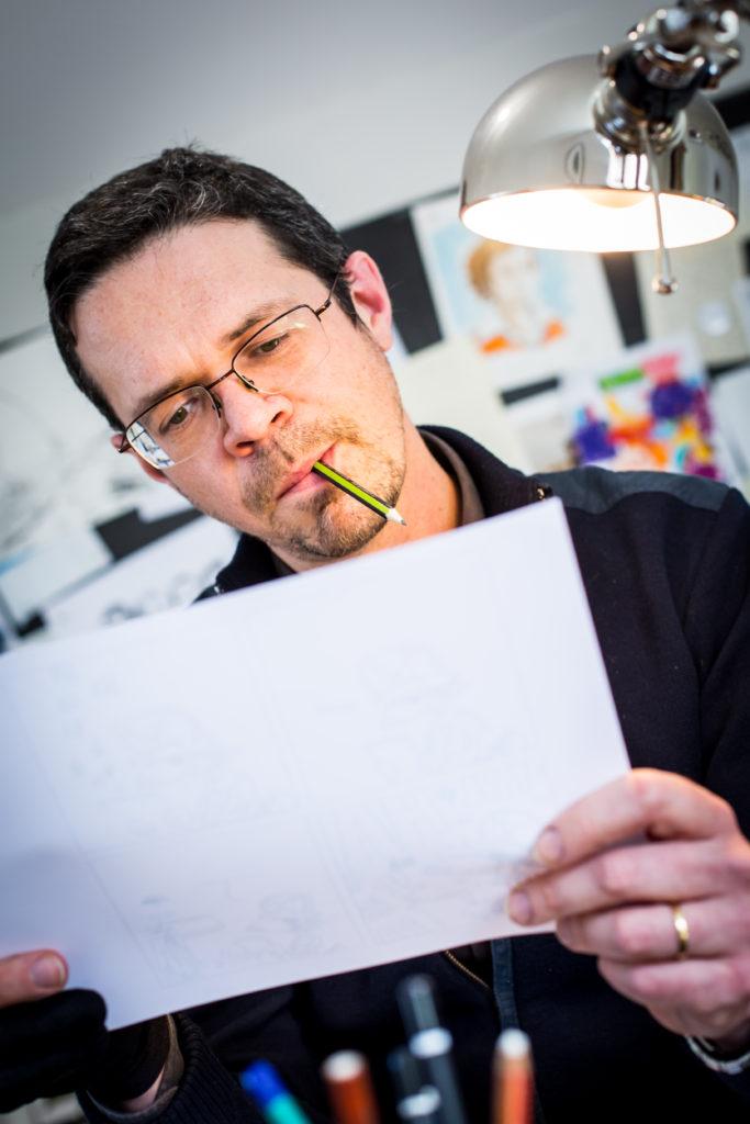 Portrait Francois Xavier Chenevat dessinateur HEC